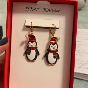 Betsey Johnson cute penguins earrings 🐧